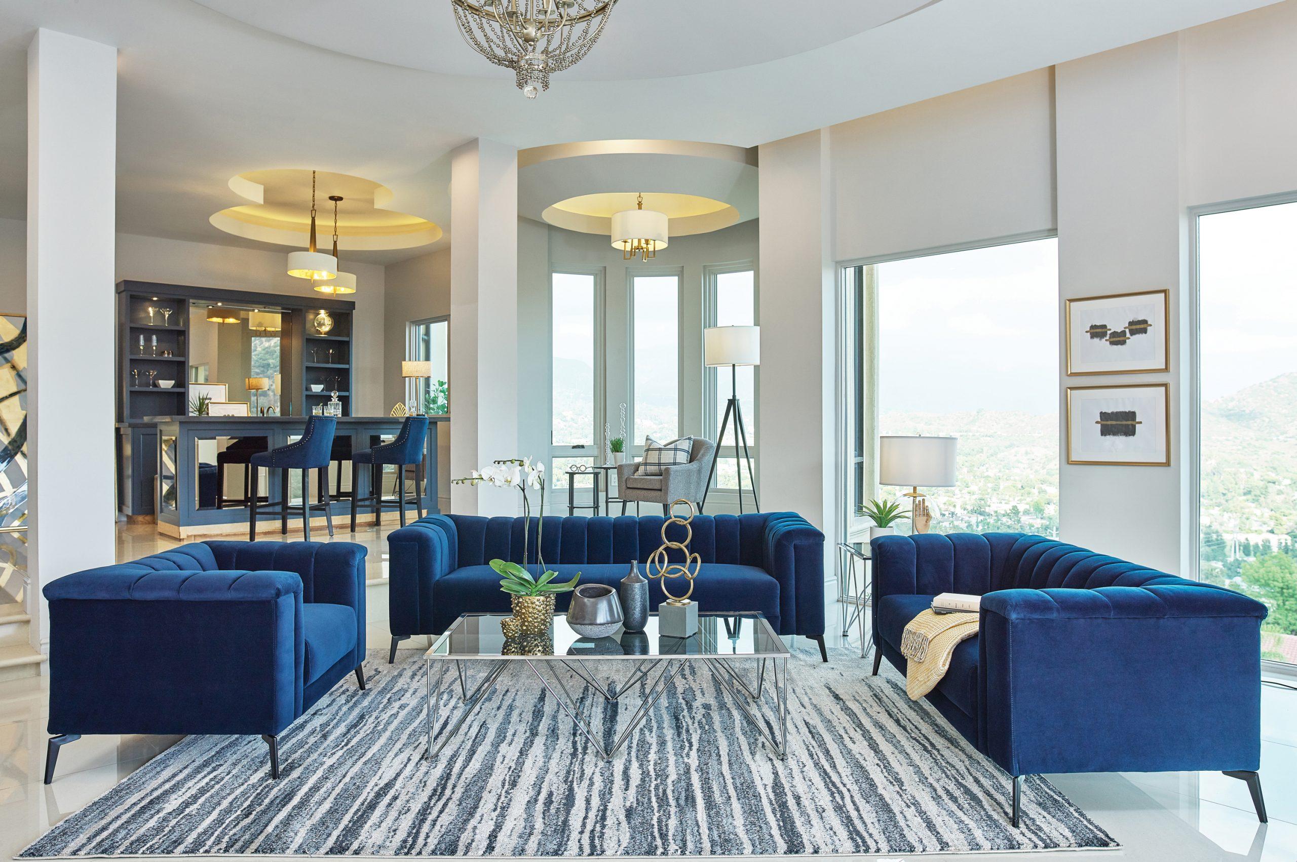 509211 Chalet blue velvet sofa