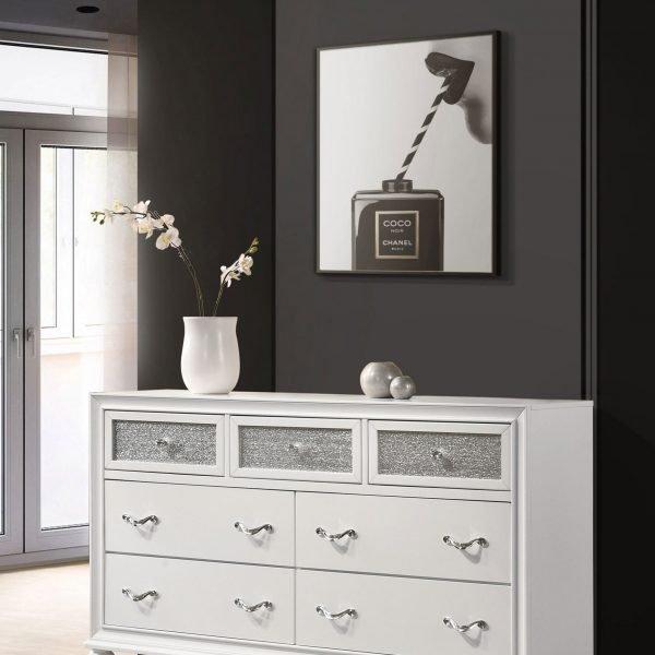 205893 Barzini white dresser